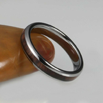 bague en bois dark tungtène femme 4mm portee