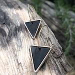 Boucles doreilles or et noir créoles pendantes en bois