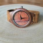 Montre cadran en bois bracelet en cuir marron