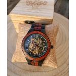Montre automatique chronographe en bois rouge et noir mécanisme doré