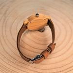 Montre femme en bois et bracelet cuir