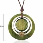 sautoir avec pendentif cercles en bois et métal couleur vert