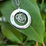 Collier cercle personnalisé coeur arbre de vie prénoms