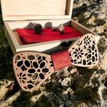 noeud papillon en bois fleurs rouge
