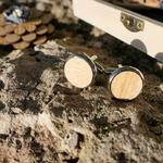 boutons de manchette en bois