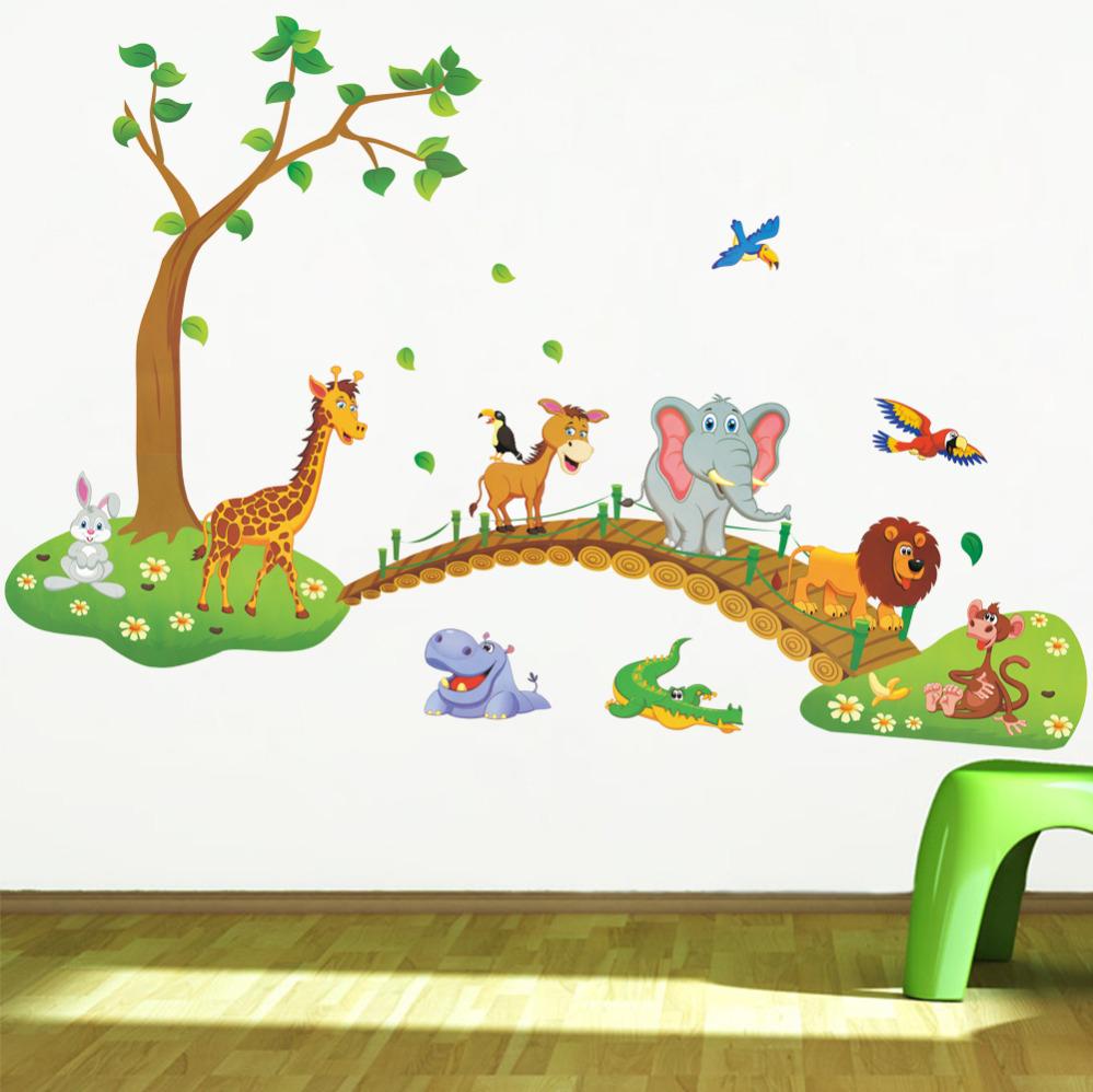 Deco Jungle Chambre Enfant sticker animaux de la jungle sur un pont