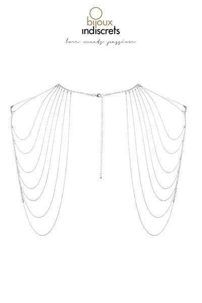 Bijoux d\'épaules et de dos en chainettes métalliques argentées