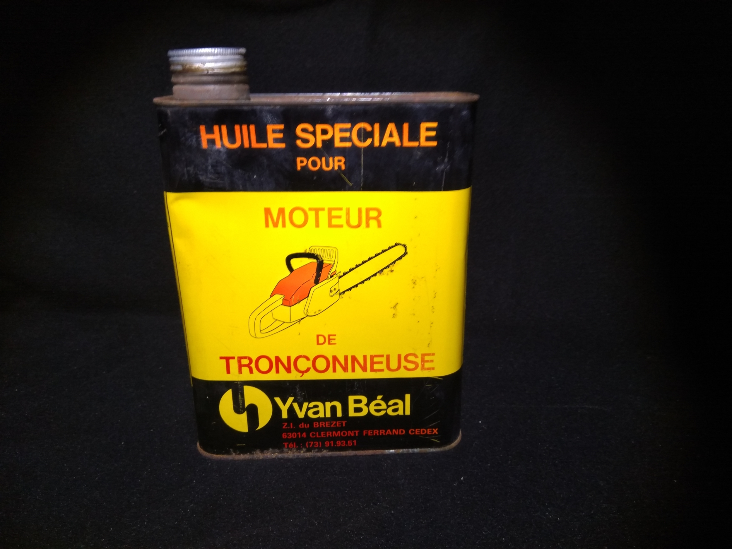 bidon à huile Yvan Béal