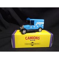 Camionnette publicitaire Morris Danone