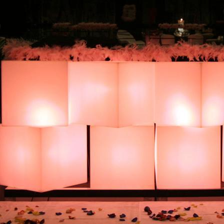 Cubes lumineux led sans fil nirvana 20cm deco lumineuse for Cube lumineux exterieur sans fil