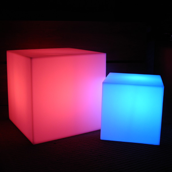 cube lumineux led sans fil nirvana 30cm deco lumineuse. Black Bedroom Furniture Sets. Home Design Ideas