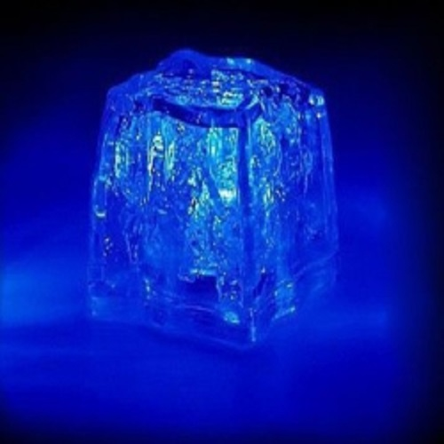 glacon lumineux led bleu vendu sur www.deco-lumineuse.fr