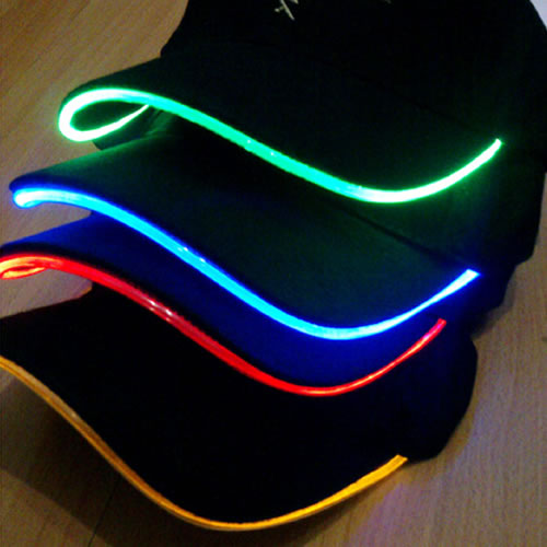 casquette lumineuse led deco lumineuse. Black Bedroom Furniture Sets. Home Design Ideas