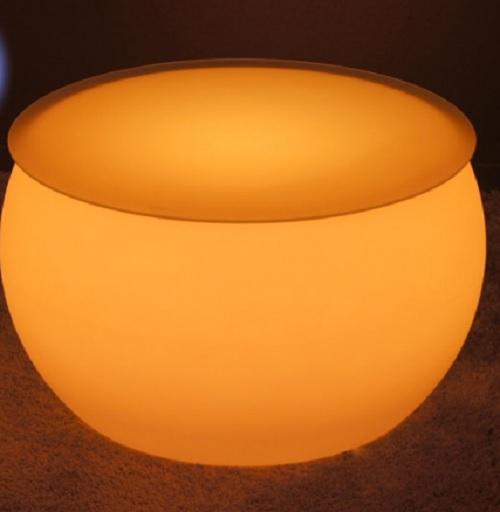 table basse lumineuse led sans fil round deco lumineuse. Black Bedroom Furniture Sets. Home Design Ideas