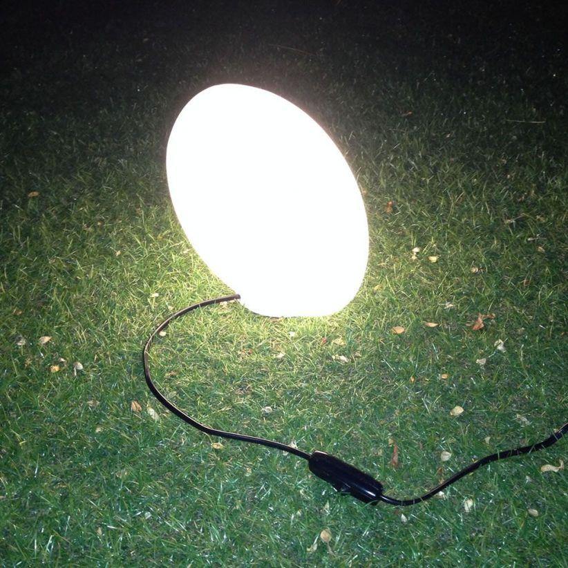 ballon-de-rugby-lumineux-ellis-blanc