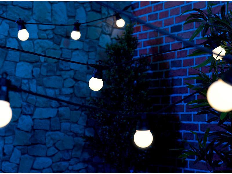 guirlande lumineuse led blanches exterieure guinguette secteur 13m 20 leds vendue sur deco-lumineuse.fr