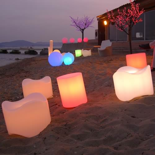 pouf lumineux led sans fil farniente deco lumineuse. Black Bedroom Furniture Sets. Home Design Ideas