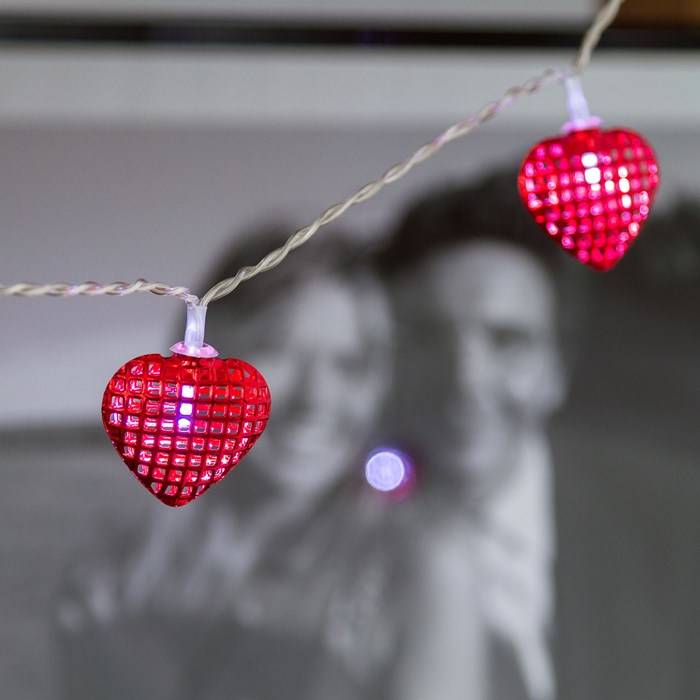 guirlande lumineuse led blanche 10 coeurs rouge vendue sur deco-lumineuse.fr