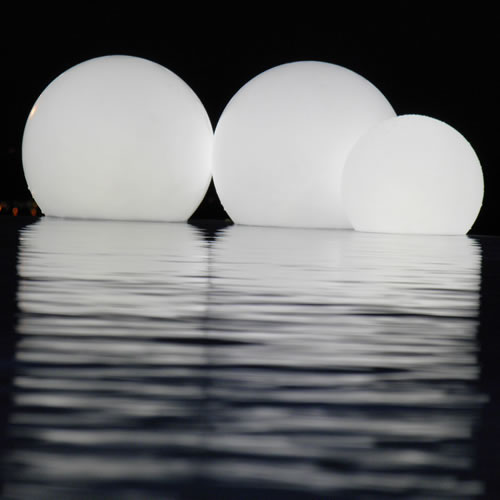 boule lumineuse led sans fil patio 40 deco lumineuse. Black Bedroom Furniture Sets. Home Design Ideas