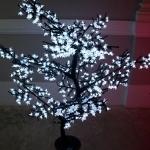 cerisier-led-140-blanc vendu sur www.deco-lumineuse.fr