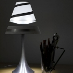 lampe-led-levitation3 vendu sur www.deco-lumineuse.fr