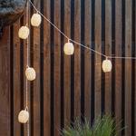 guirlande lumineuse led solaire 10 boules rotins vendue sur deco-lumineuse.fr