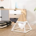 lampe-led-sans-fil- de bureau pyramide-blanche vendue sur deco-lumineuse.fr