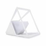 lampe-led-de bureau design sans-fil-pyramide-blanche vendue sur deco-lumineuse.fr