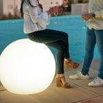 boule lumineuse extérieur sans fil solaire multicolore bubble 80 vendue sur deco-lumineuse.fr