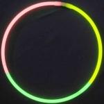 collier-fluo-tricolore1-vendu sur www.deco-lumineuse.fr
