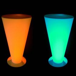 table-led-guillaume-vendu-sur-www-deco-lumineuse-fr