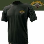 Tee-shirt noir brodé Para