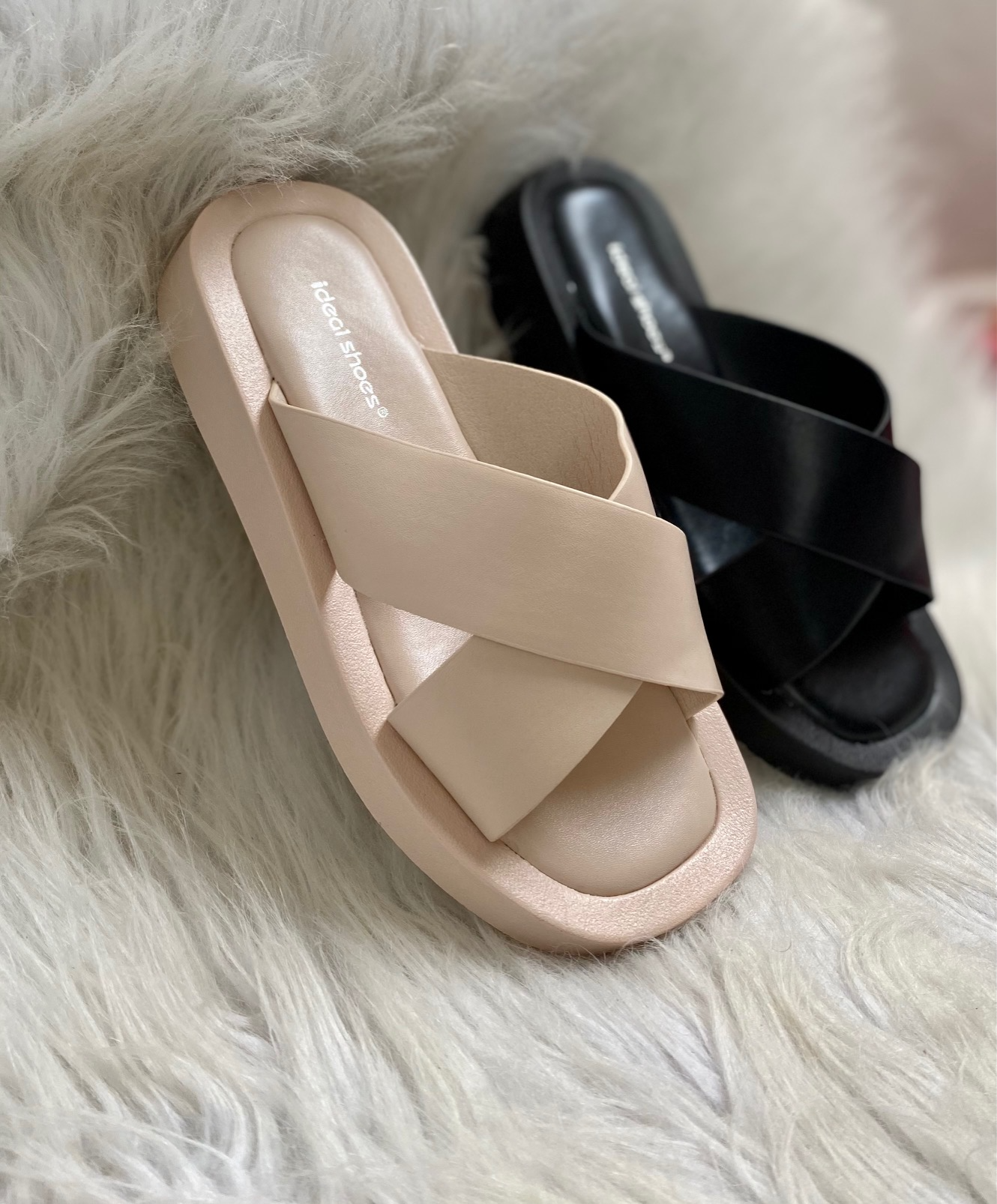 Chaussures / MULES