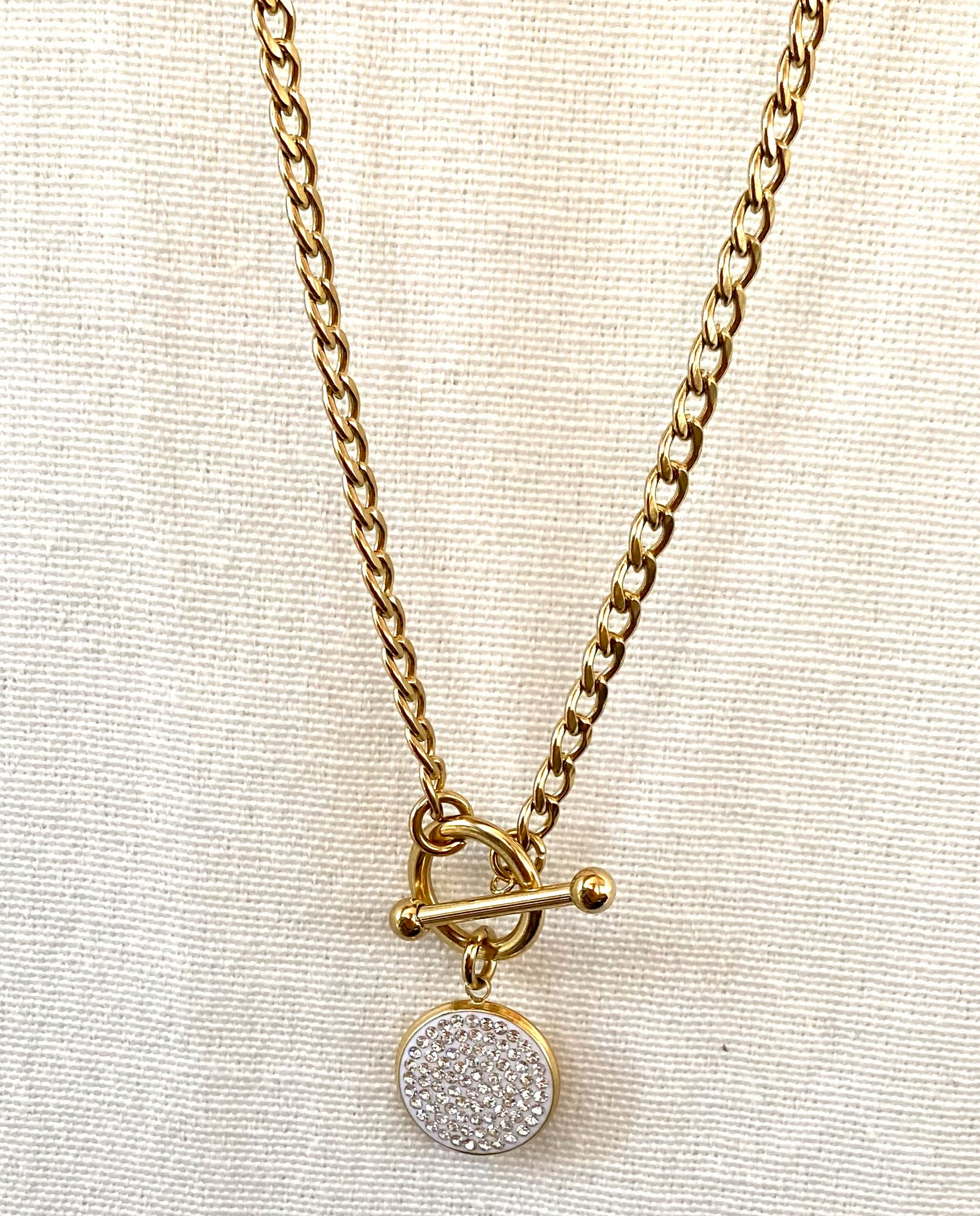 Collier 240