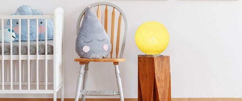 la case de cousin paul lampe globe jaune 2