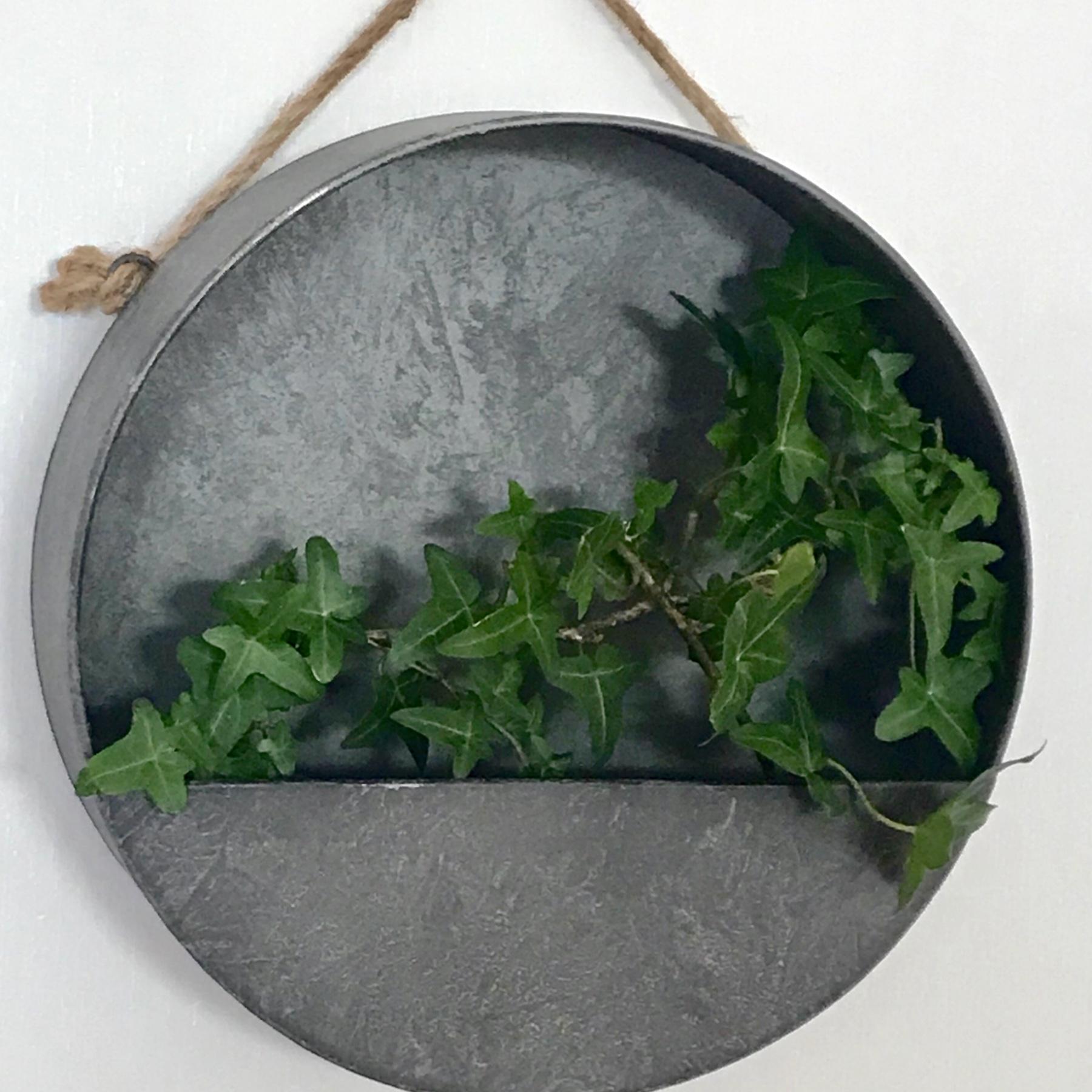 Jardinière murale ronde en zinc