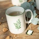 jolipa j line tasse mug en porceleine blanche avec une feuille verte une idee cadeau art de la table  (4)