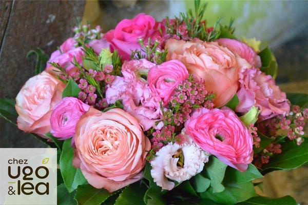 CHEZ UGO & LÉA Artisans fleuristes bouquet rond  fleurs roses 2