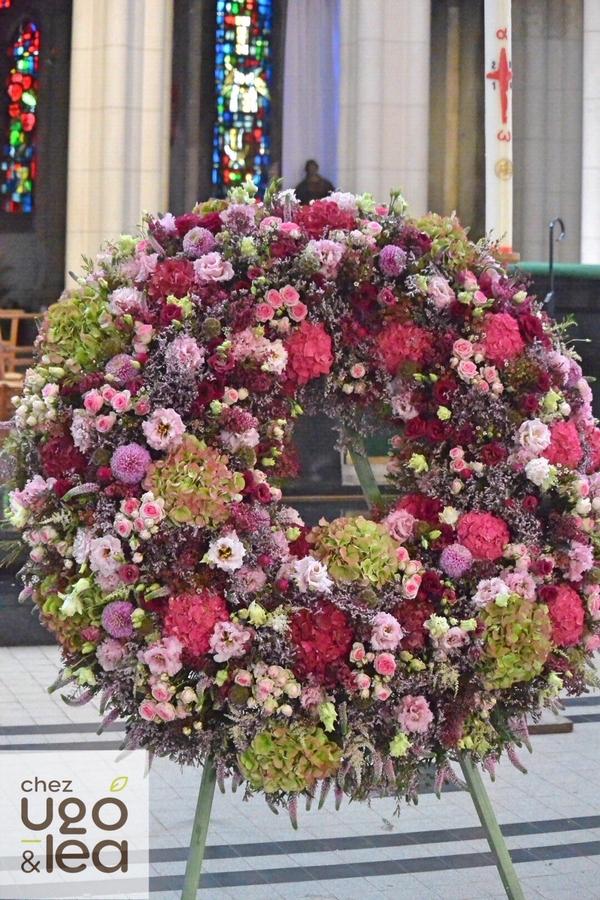 CHEZ UGO & LÉA Fleurs deuil roses couronne 1