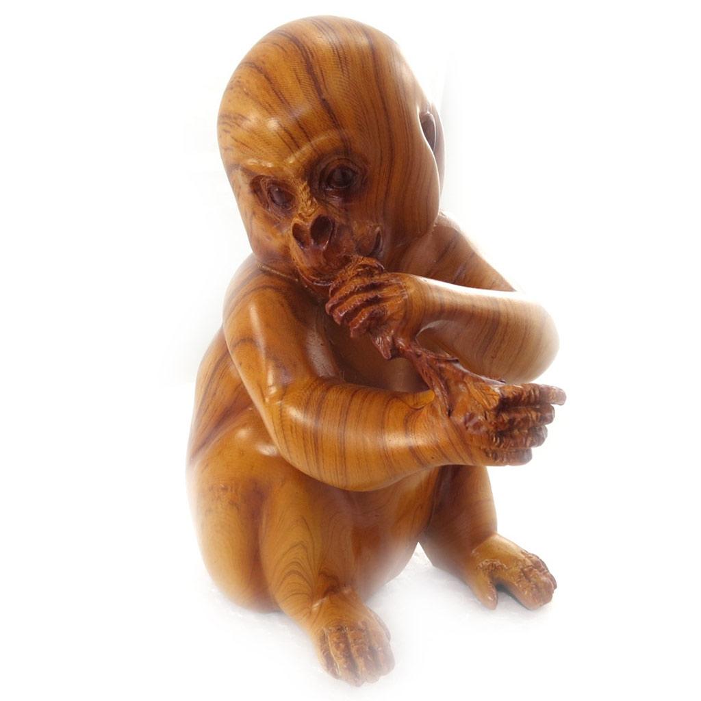 Figurine \'Bébé Gorille\' bois - [K1244]