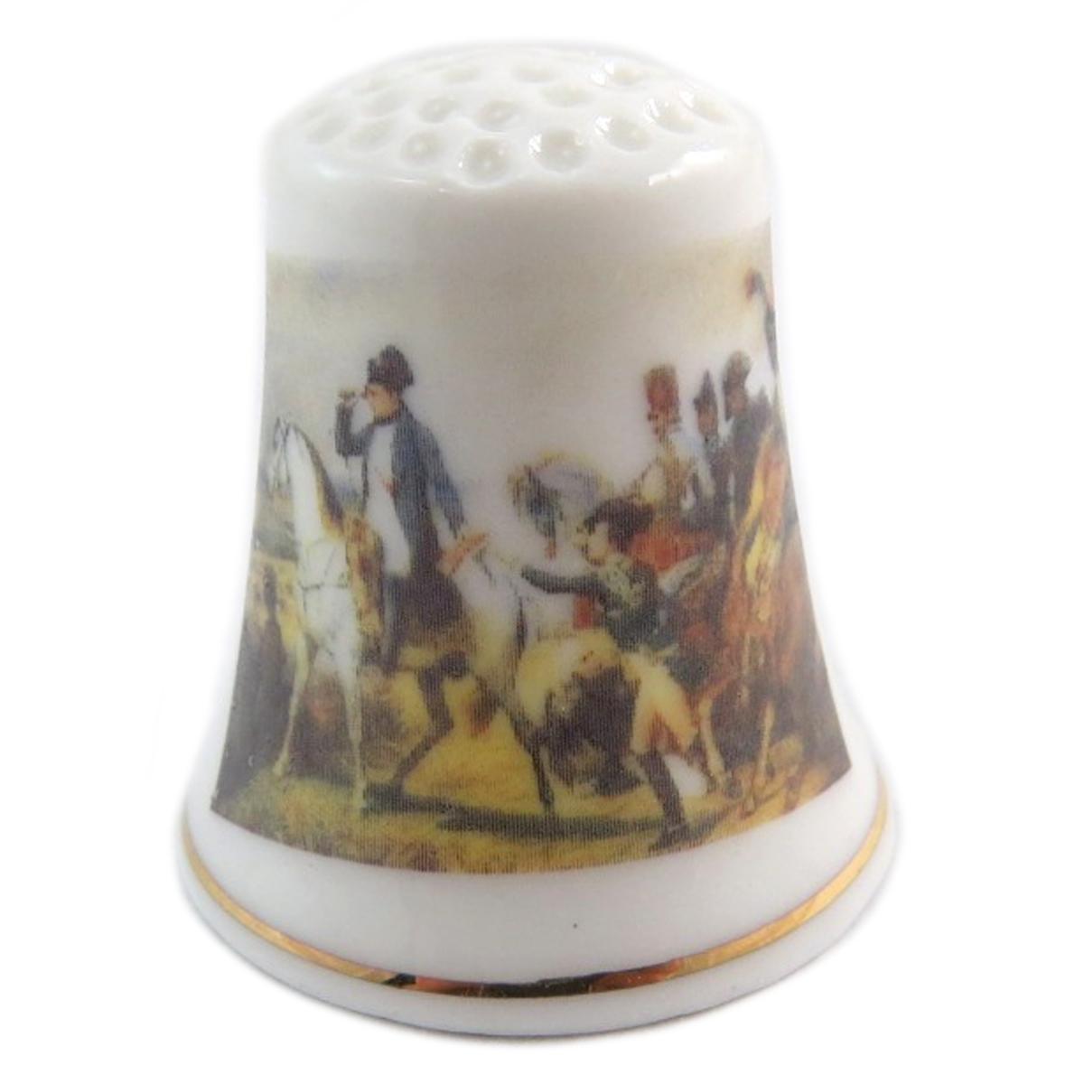 Dé à coudre \'Napoléon\' multicolore blanc (champ de bataille) - 27x23 mm - [Q7480]