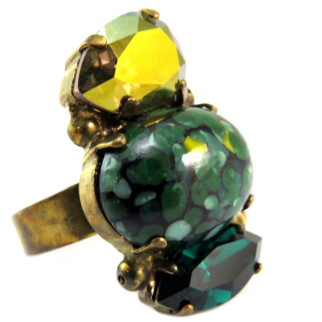 Bague artisanale \'Mythique Syracuse\' vert doré - 30x17 mm - [P5588]