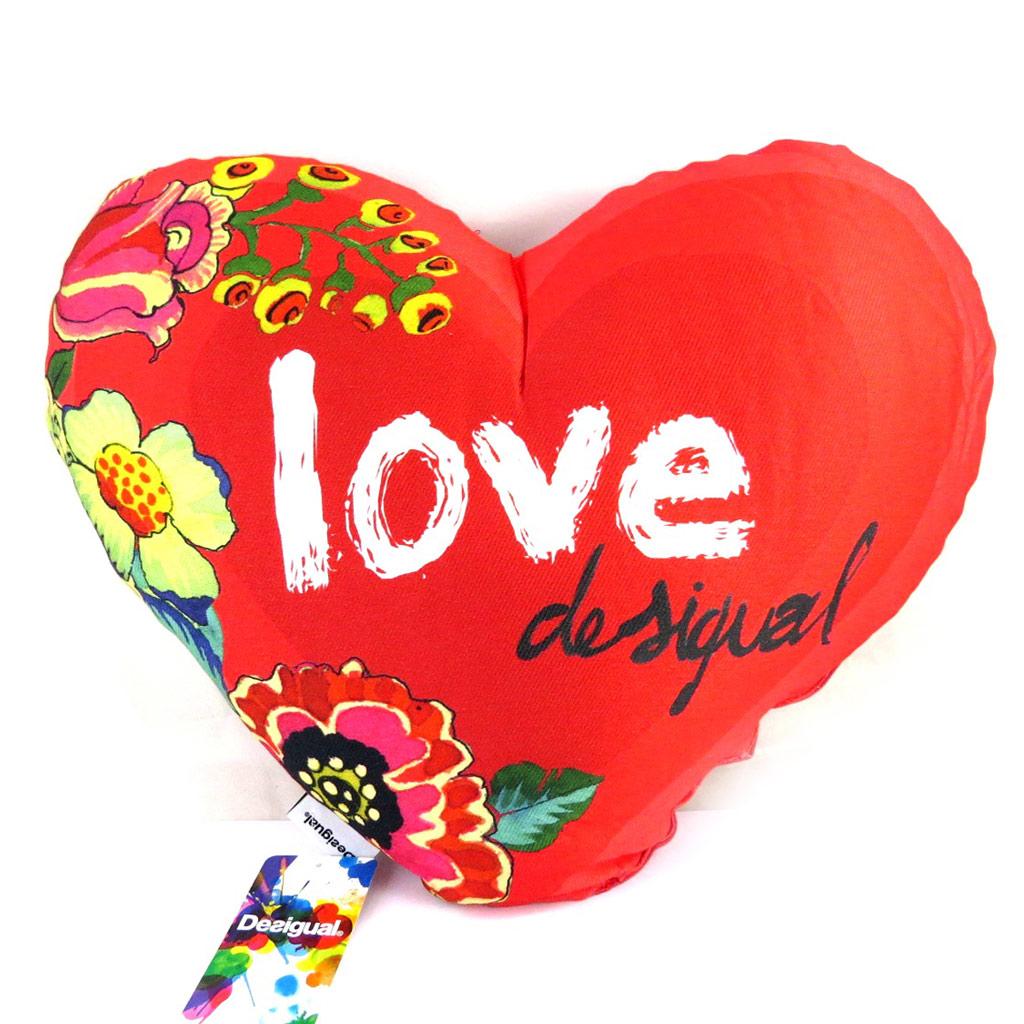 Coussin créateur \'Desigual\' rouge love (40x44 cm) - [M4591]