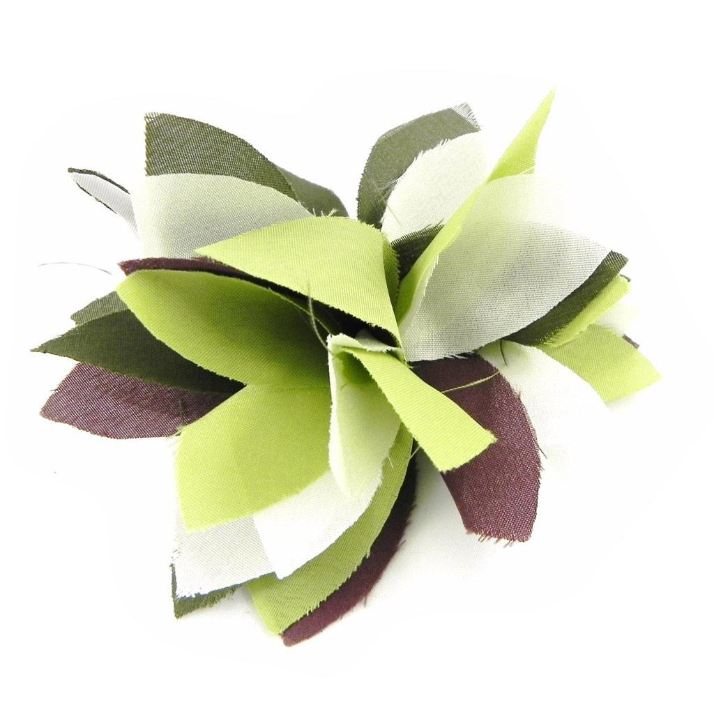 Broche Créateur \'Rose Féérique\' vert marron - [H3062]