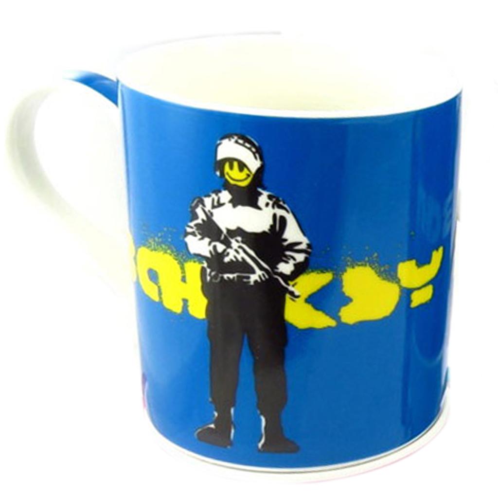 Mug porcelaine \'Banksy\' bleu (smiley riot police) - 90x85 mm - [Q8816]