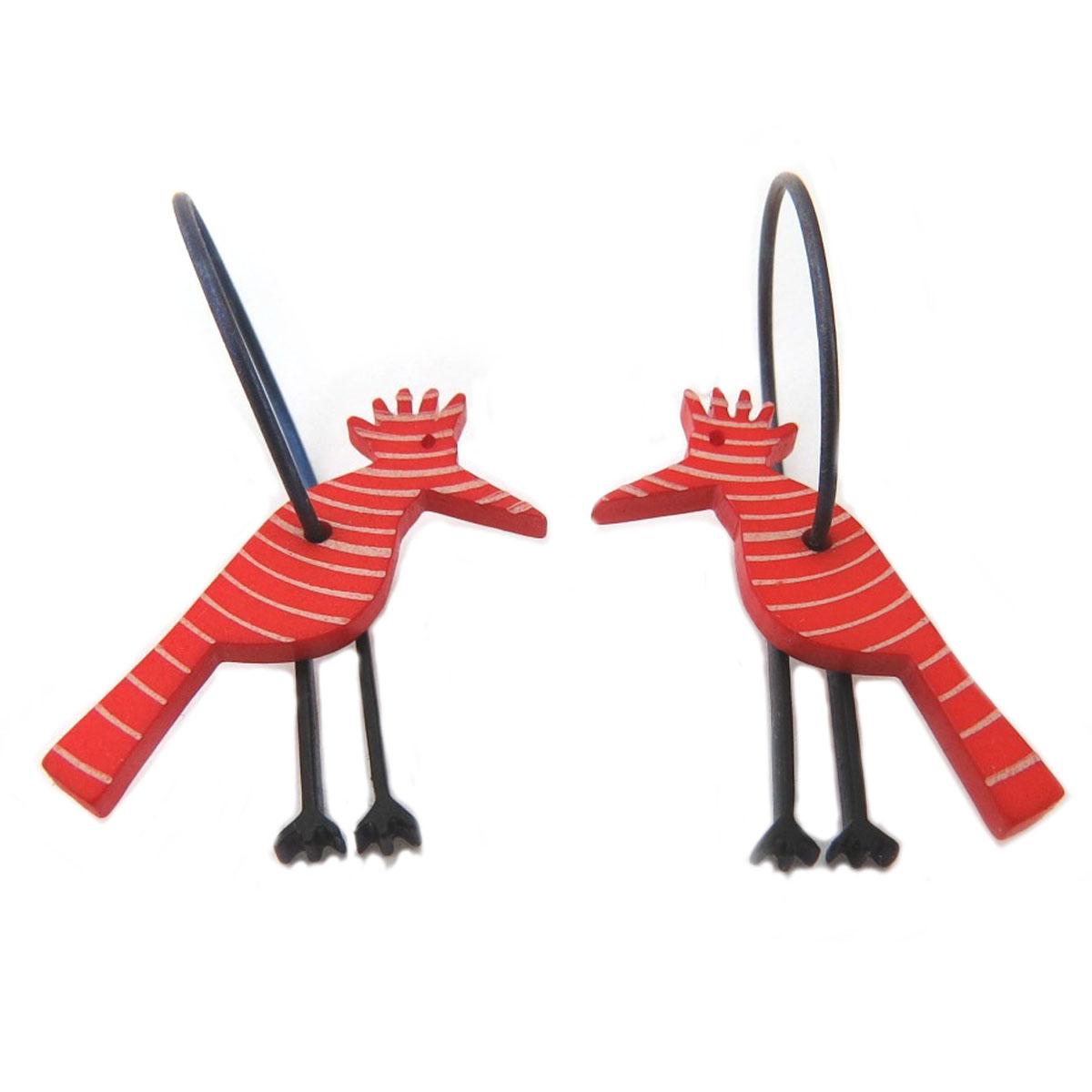 Créoles artisanales \'Marionettes\' rouge noir (héron) - 18 mm, 22x20 mm - [Q9734]