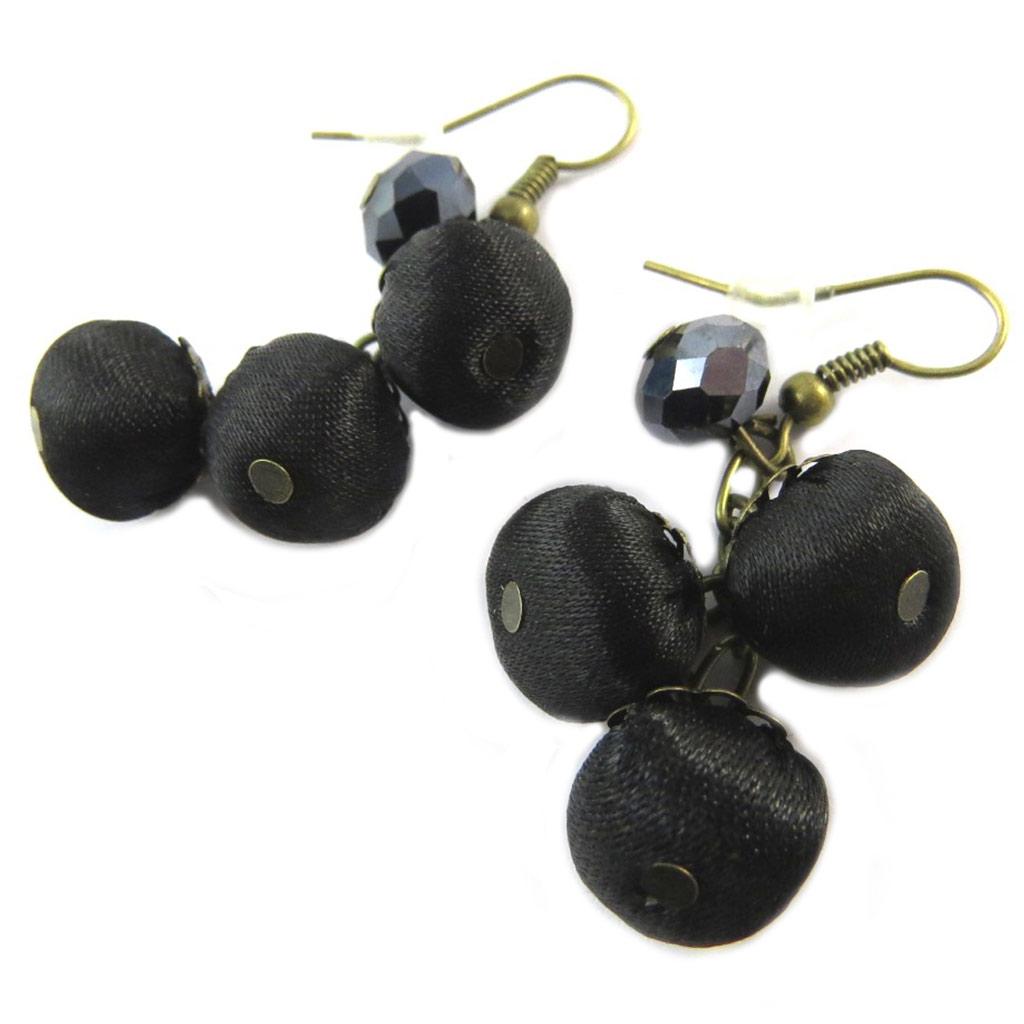 Boucles d\'oreilles artisanales \'Les Antoinettes\' noir (fait main) - [P0776]