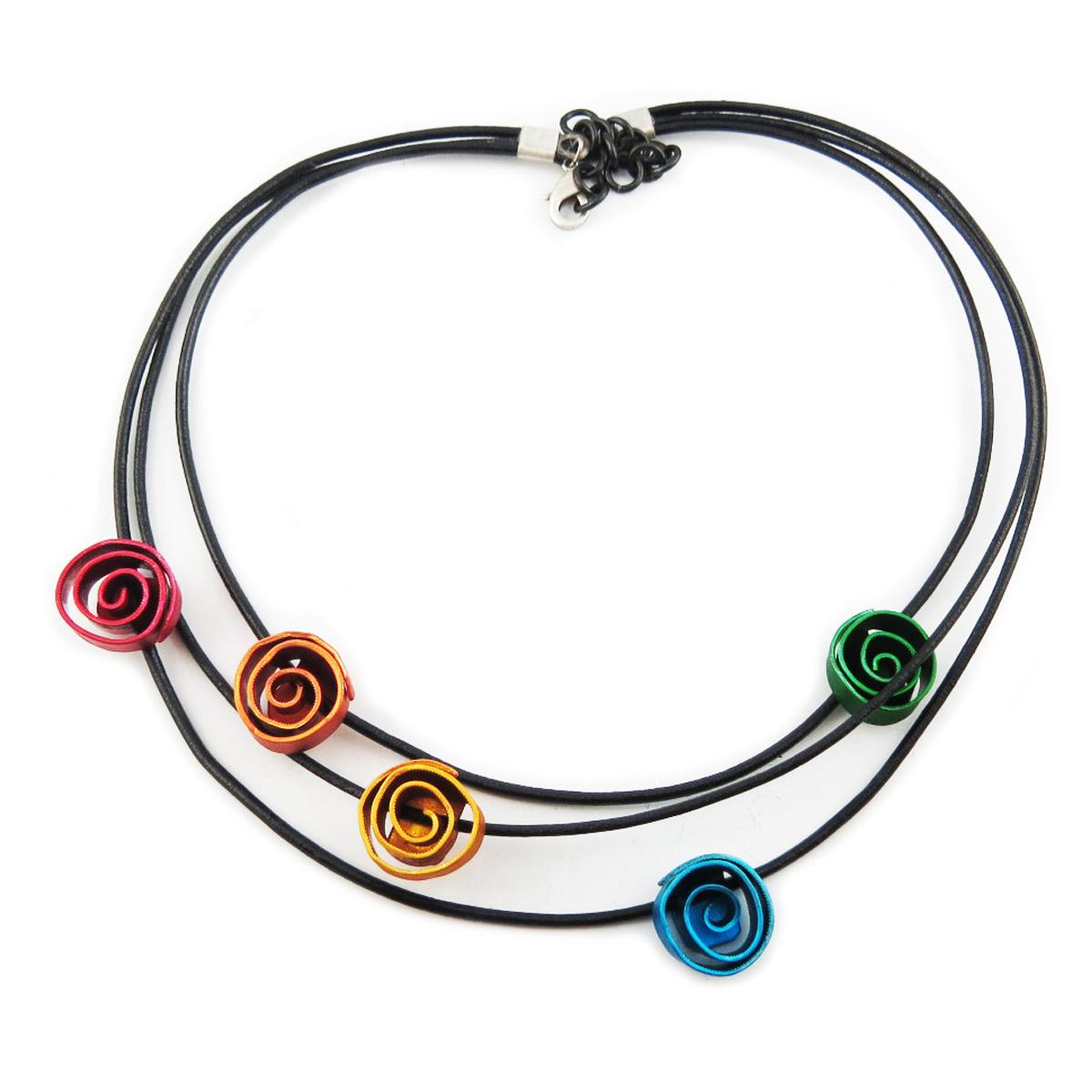 Collier artisanal \'Aluminirock\' multicolore (3 rangs) - fleurs 15 cm - [R1256]