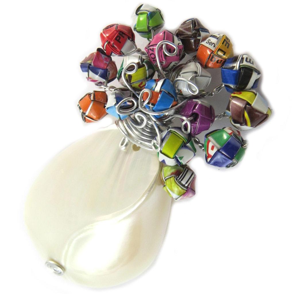 Broche artisanale \'New Life\' nacre multicolore (fait main) - [N9545]