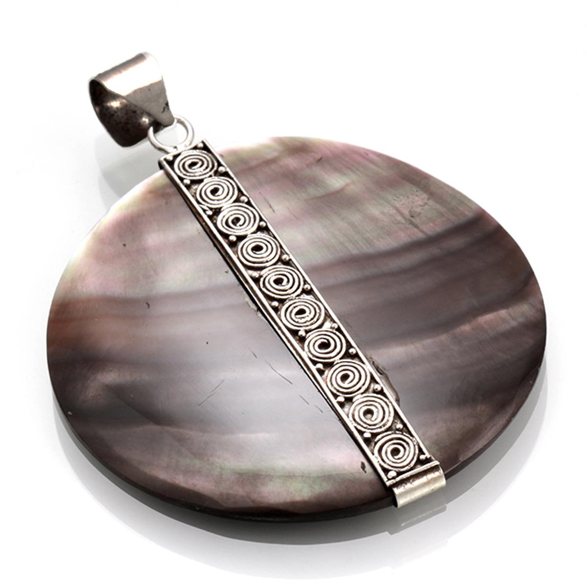 Pendentif Argent artisanal \'Sagesse\' gris nacre argenté vieilli - 40 mm - [R4551]